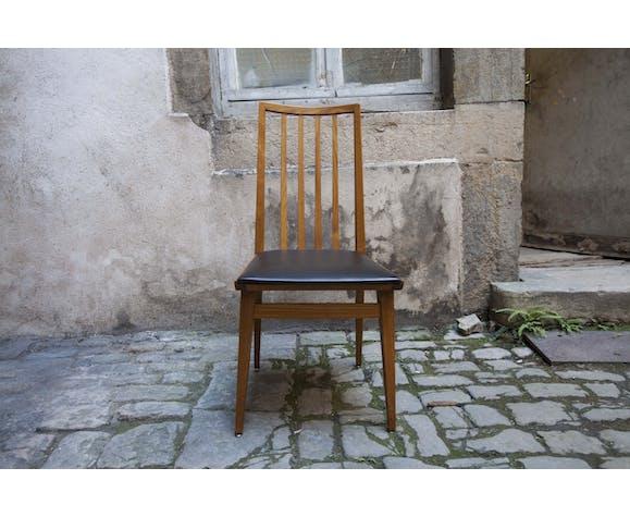 Paire de chaises scandinaves skaï