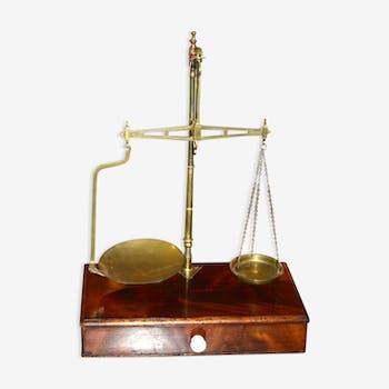 Balance ancienne W&Tavery en bois et bronze