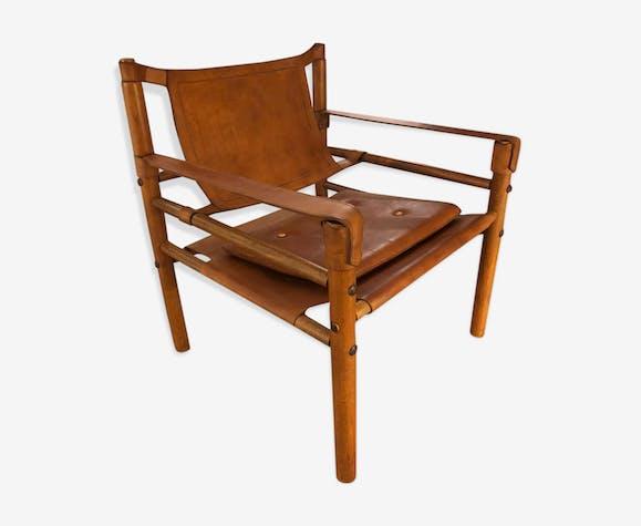 Fauteuil safari années 1960 bois et cuir scandinave