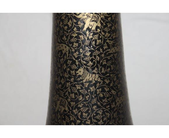 Vase persan en bronze émaillé