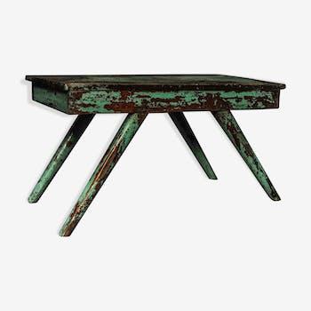 Table d'appoint en teck patiné
