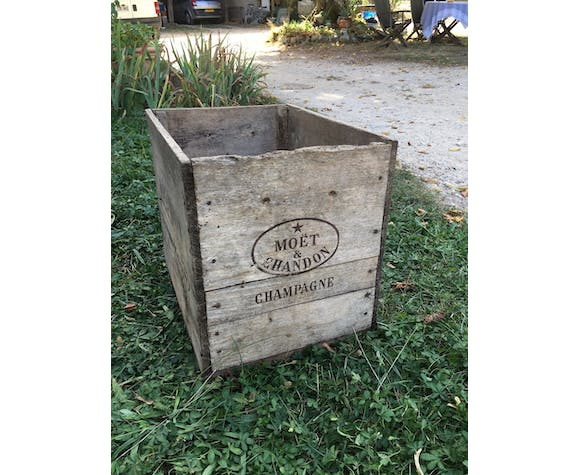 Wooden case Moet and Chandon