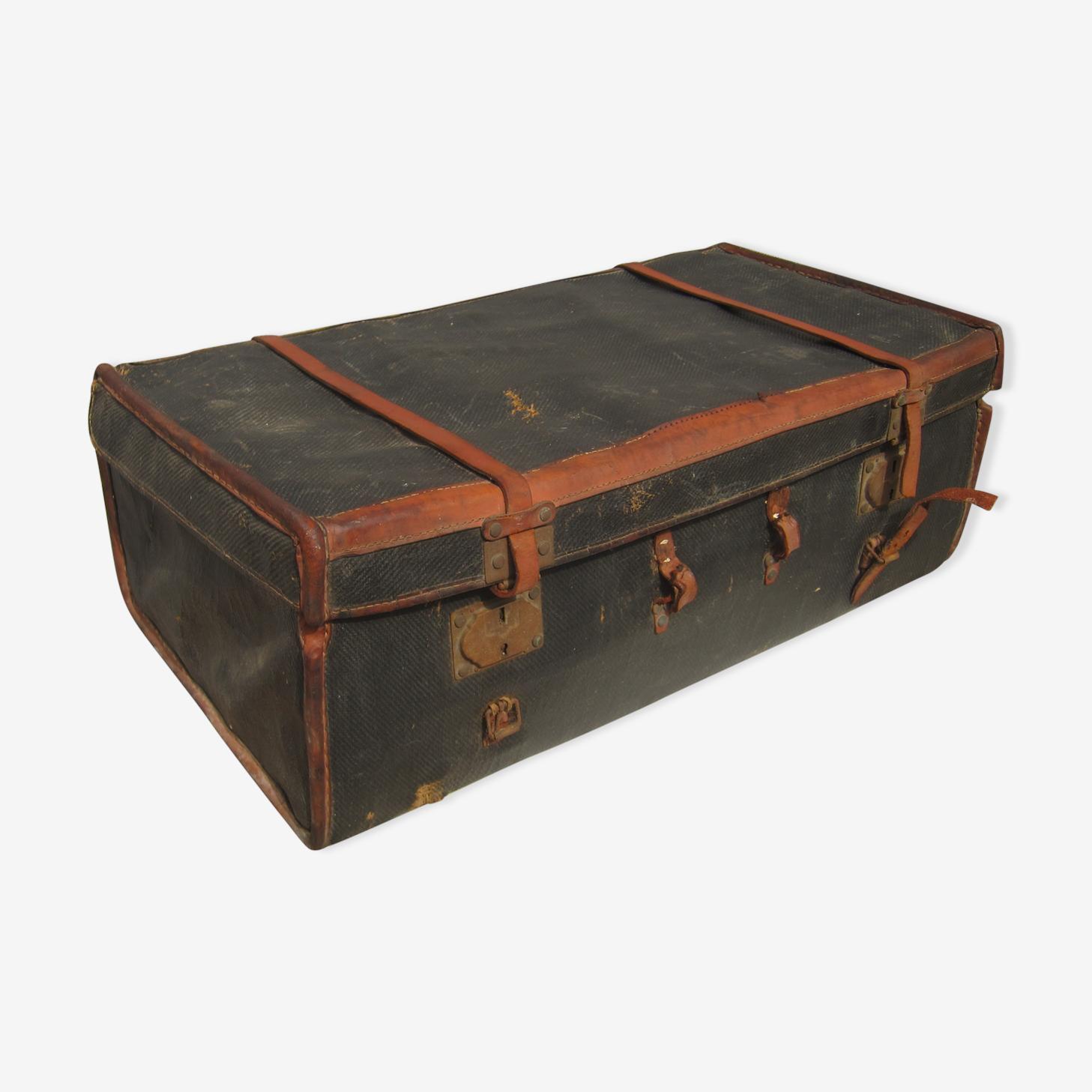 Suitcase 19th Moynat