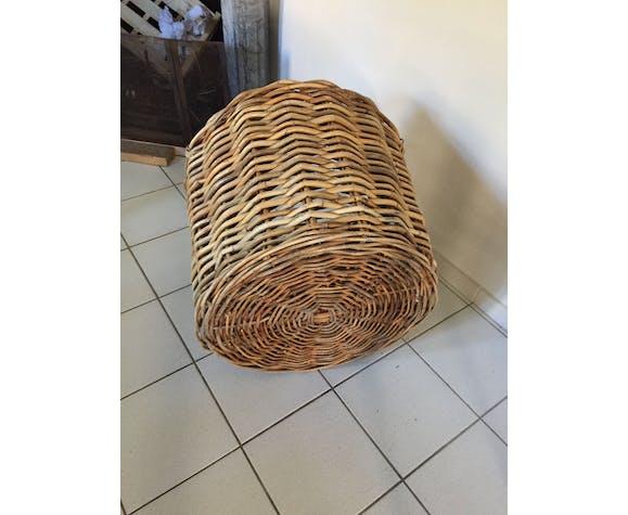 Reserve at wood rattan