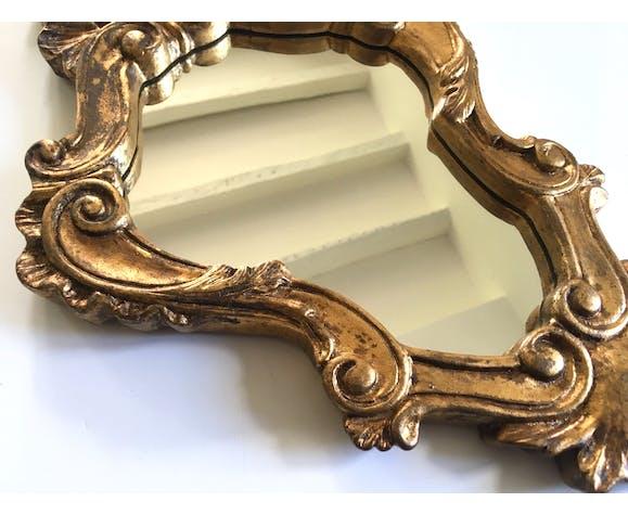 Miroir style rocaille bois et stuc doré - 46x29cm