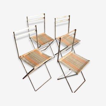 Chaise fauteuil moumoute bleu pervenche bois mat riau for Chaises pliables