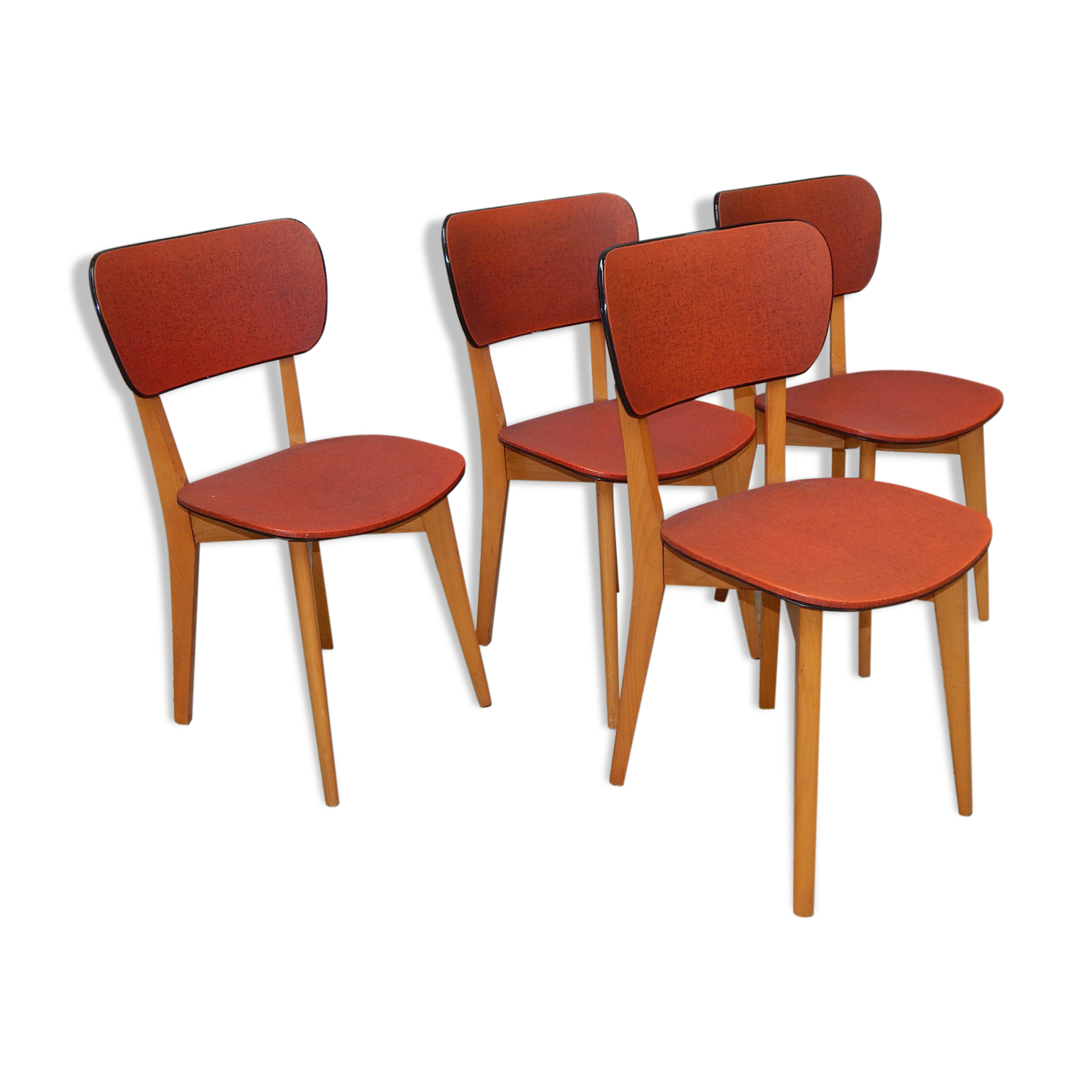 chaises rouges design best lot de chaises design rouges katia with chaises rouges design. Black Bedroom Furniture Sets. Home Design Ideas
