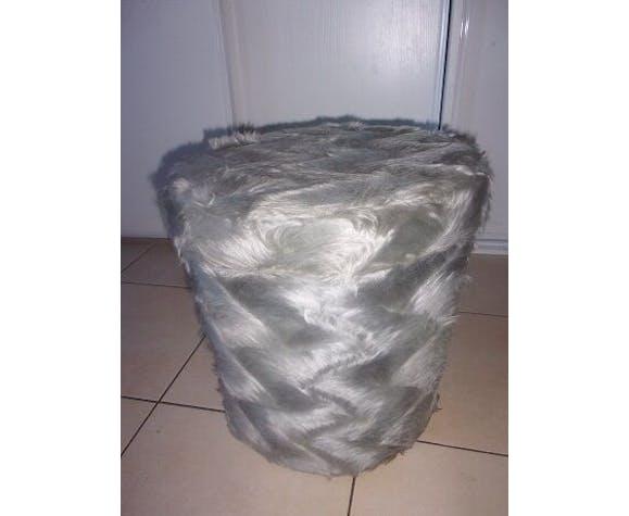 Chaise et pouf pelfran
