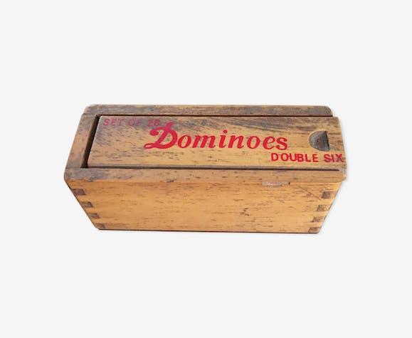 Jeu de dominos anciens dans sa boite en bois