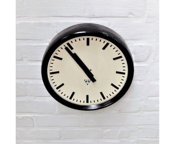Industrial bakelite wall clock