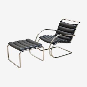 Fauteuil et repose-pied par Mies Van Der Rohe pour Knoll