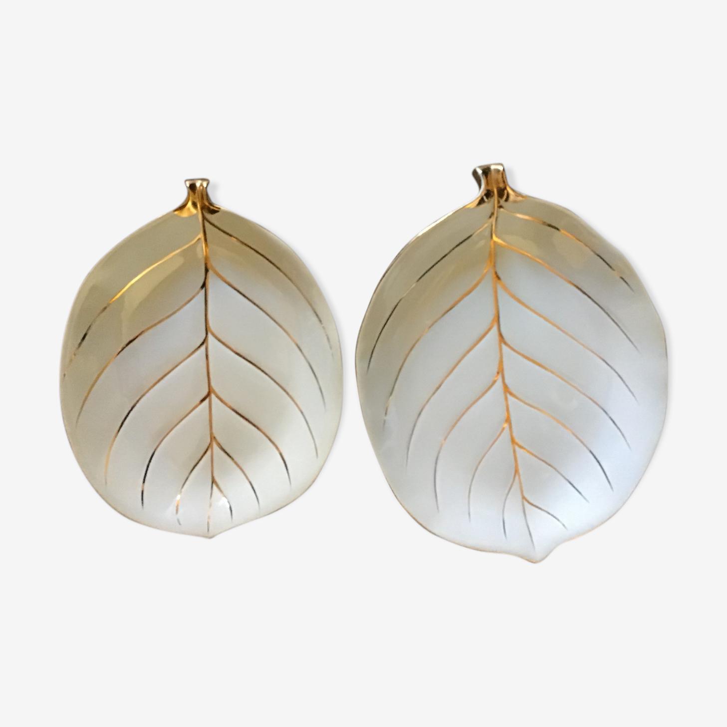 2 leaf cups