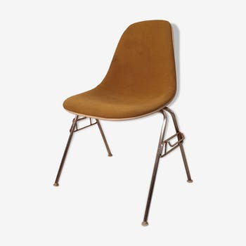 DSS Eames chair