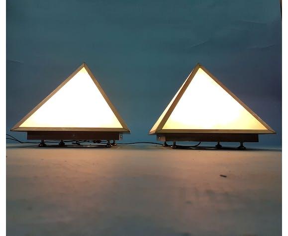 Ensemble de 2 lampes de table pyramidales, années 1960