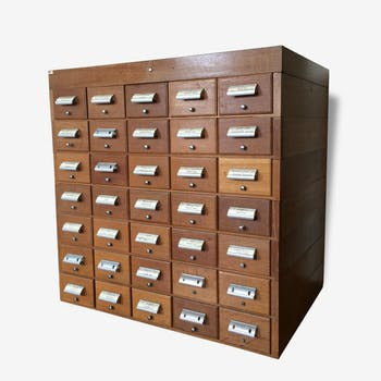 Furniture business - 35 drawers - TBE