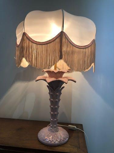 Retro palm lamp