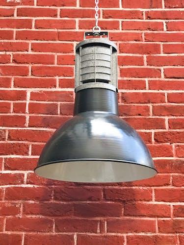 Lampe industrielle émaillée Mazda