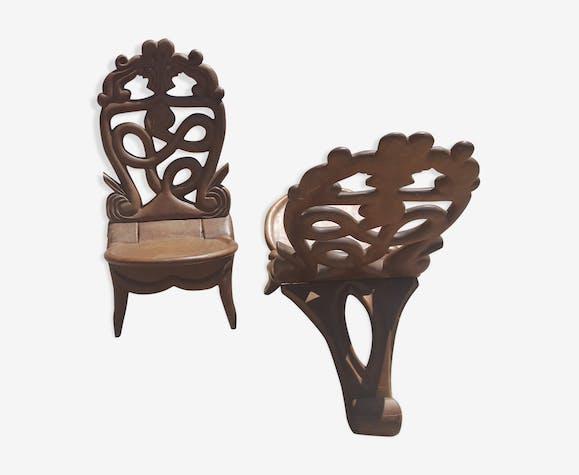 Paire de fauteuils en acajou massif Madagascar vers 1950