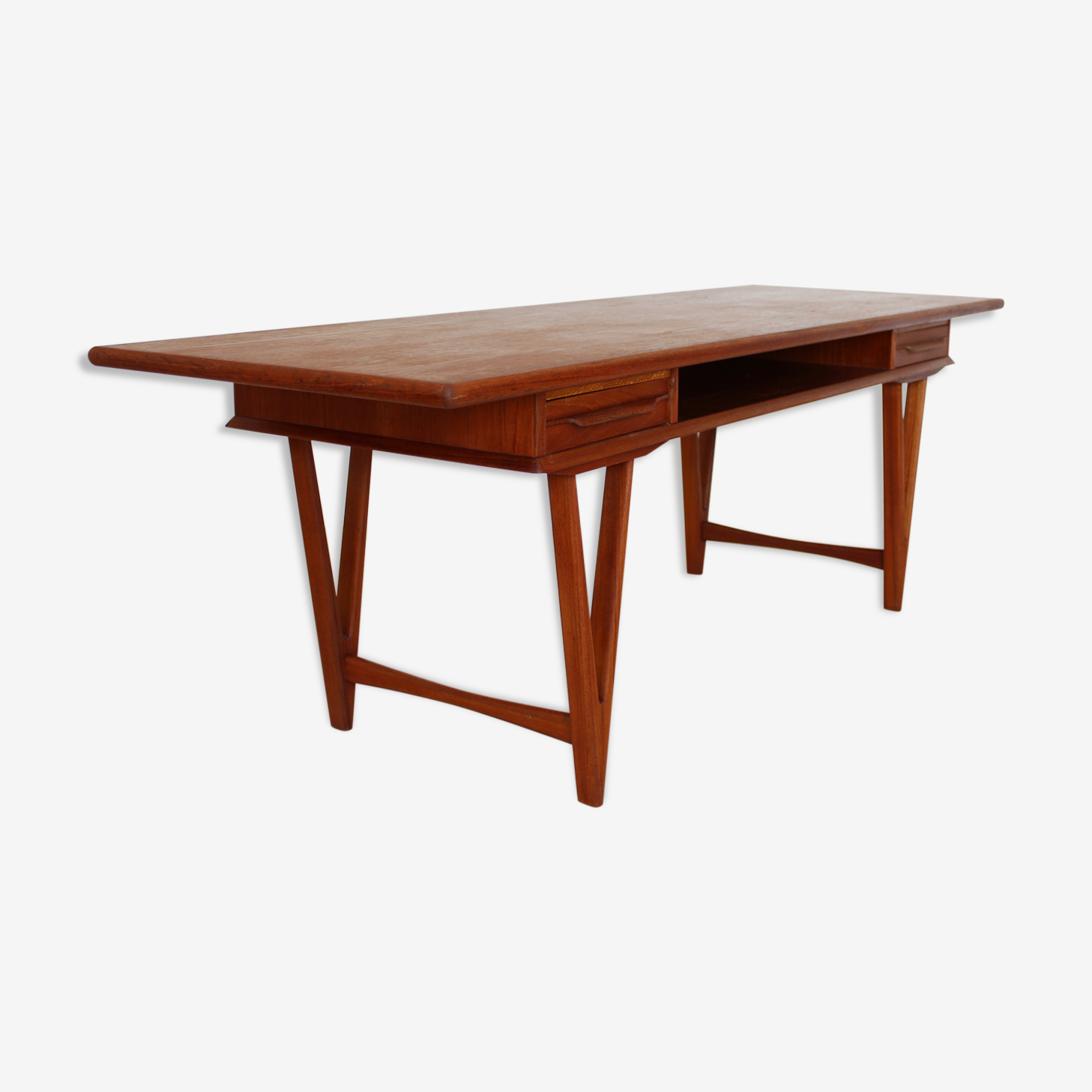Teak coffee table by E. W. Bach for Toften Møbelfabrik