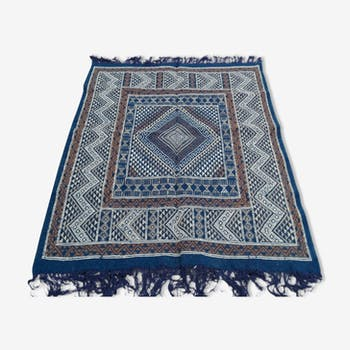 Tapis berbère fait à la main en pure laine bleu 120 x 164 cm