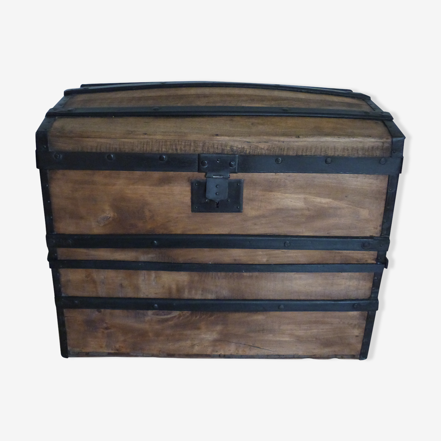 Trunk completely renovated former early twentieth