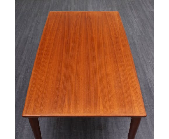 Table à manger design scandinave teck