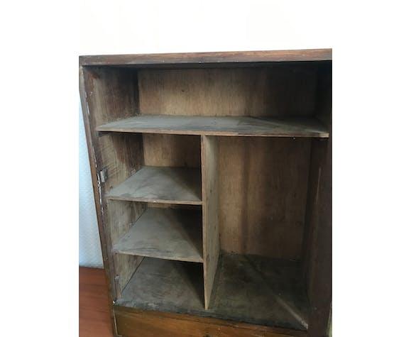Armoire à pharmacie vintage