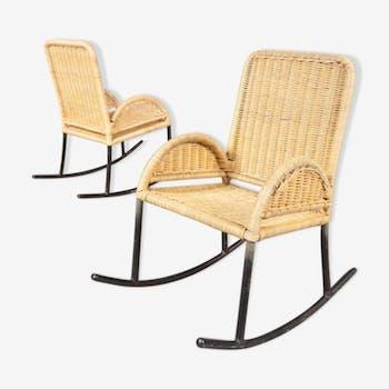 Lot de deux rocking chairs d'enfants en osier 1950s