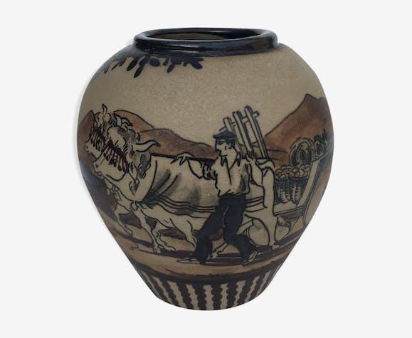 Ciboure Etienne Vilotte sandstone vase
