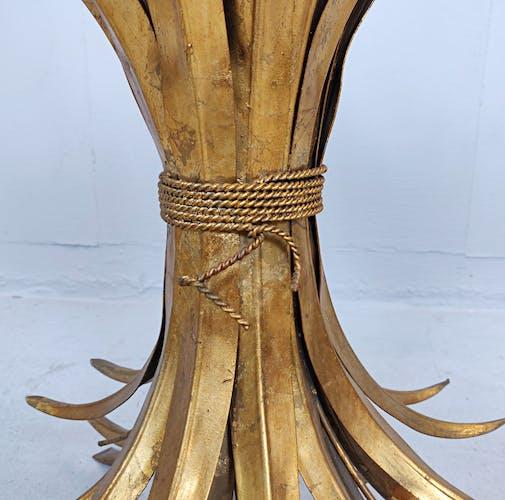 Table basse en métal doré Coco Chanel France années 1960