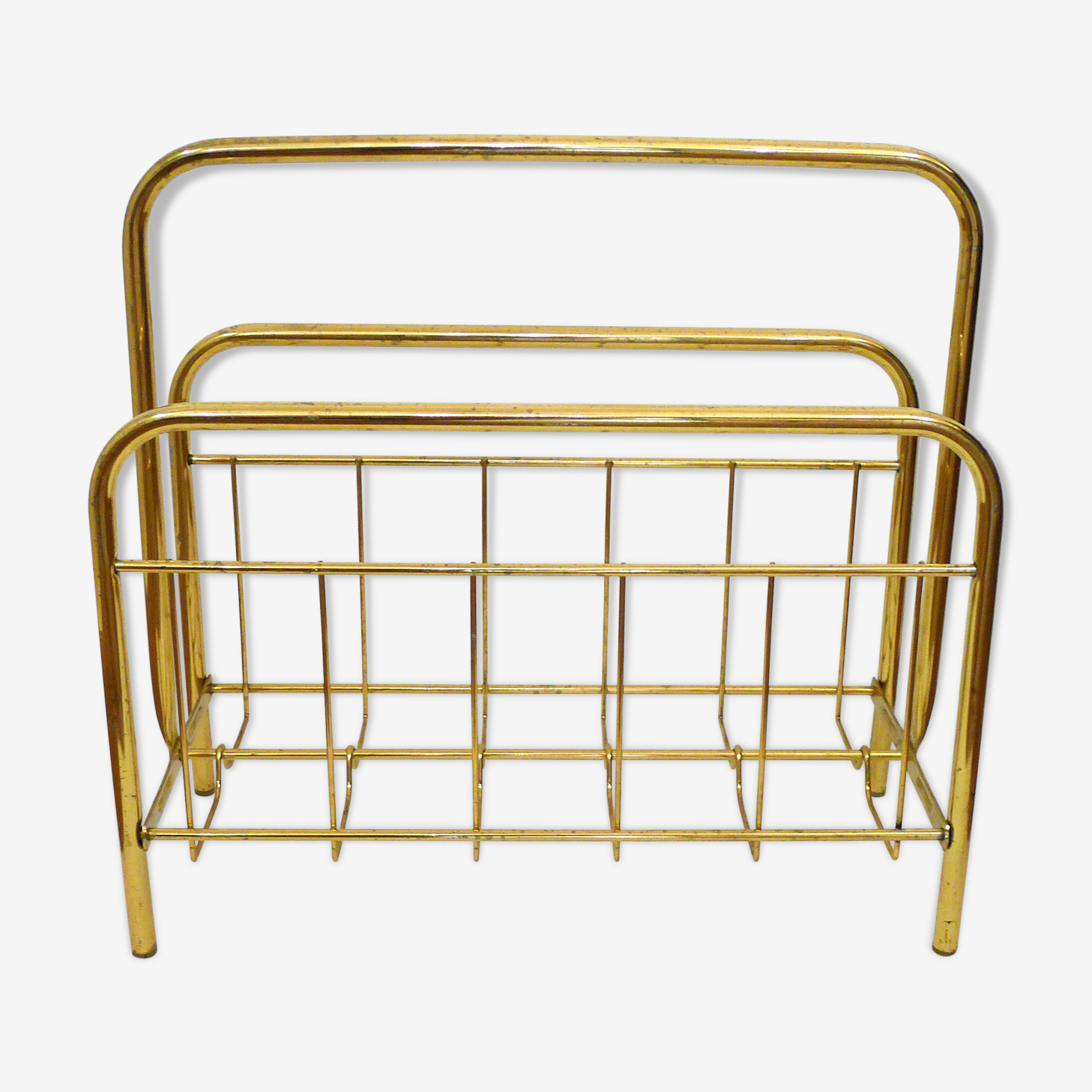 Magazine rack gold tubular metal