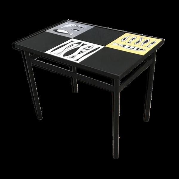 Table ceramique-porcelaine-faience noir