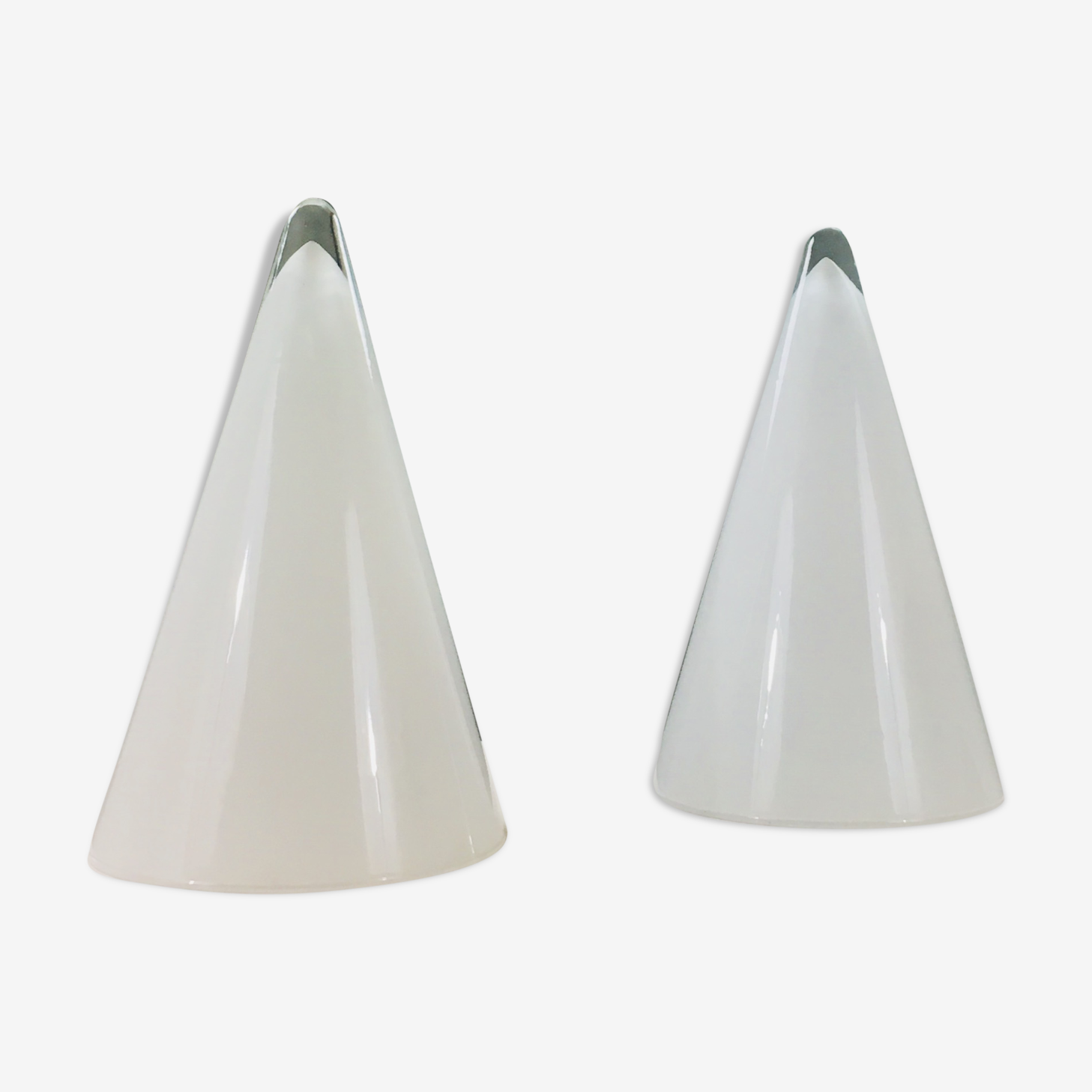 Pair of conical white and translucent glass lamps