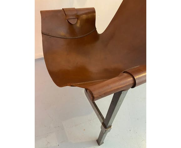 Paire de fauteuils en cuir, Brutaliste