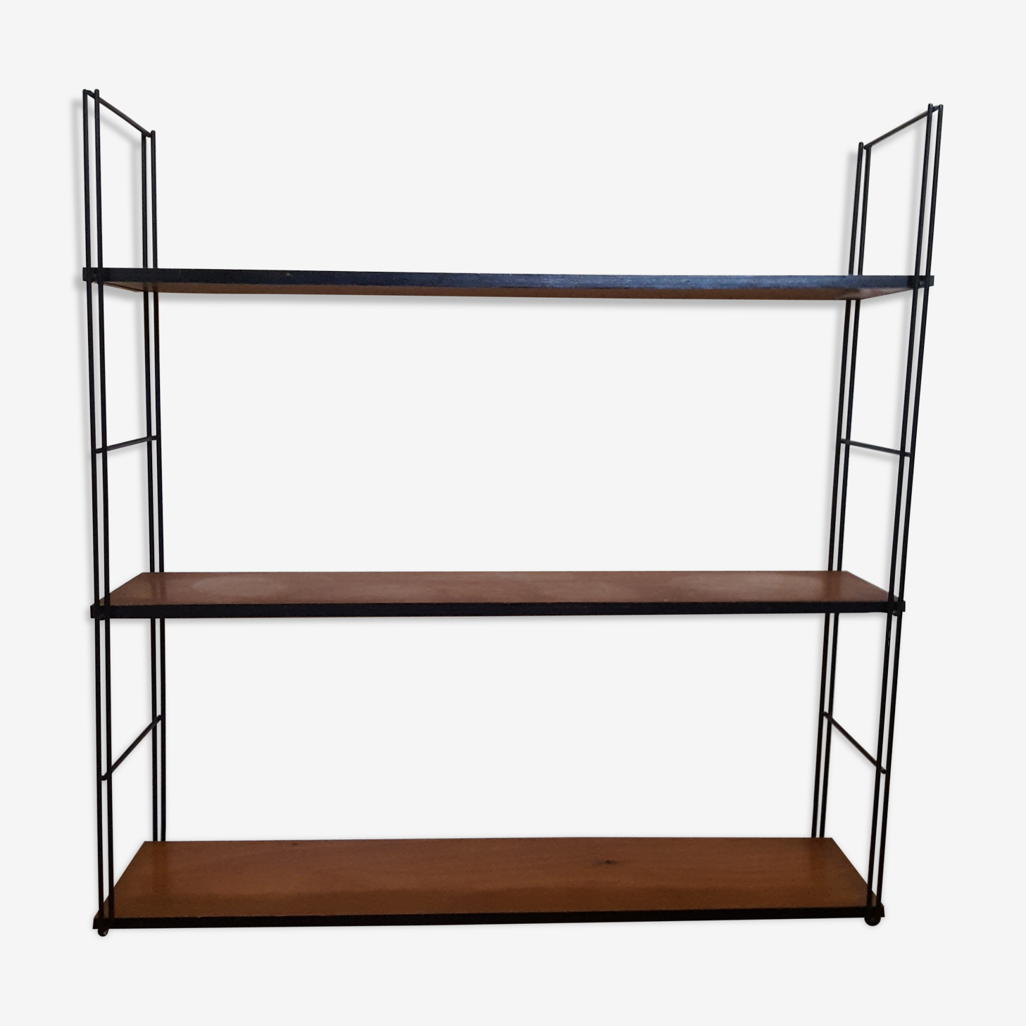 String shelf from the 60s