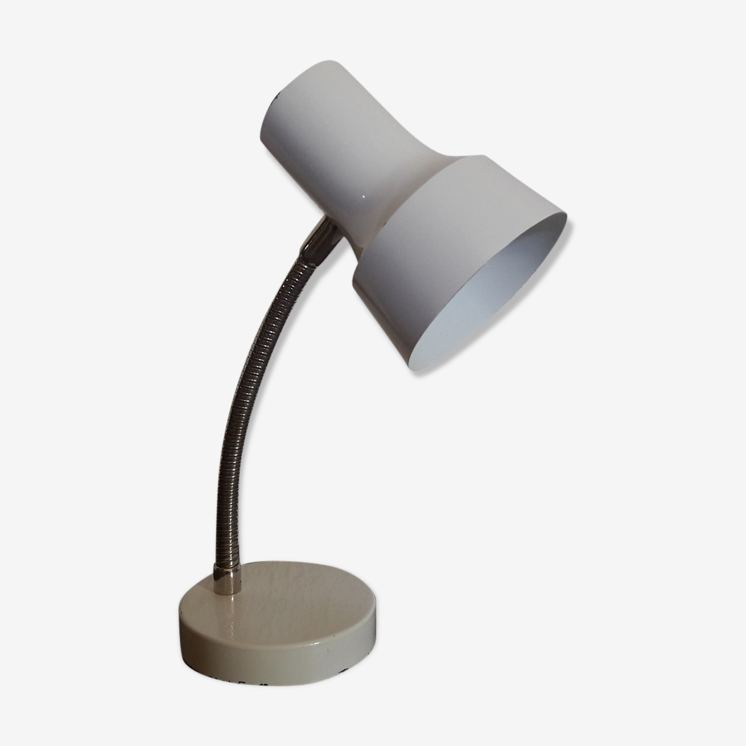 White desk lamp