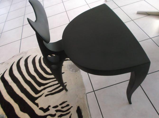 Chaise tripode taureau