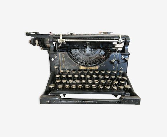 Machine à écrire Underwood Azerty  n°5 année 1904