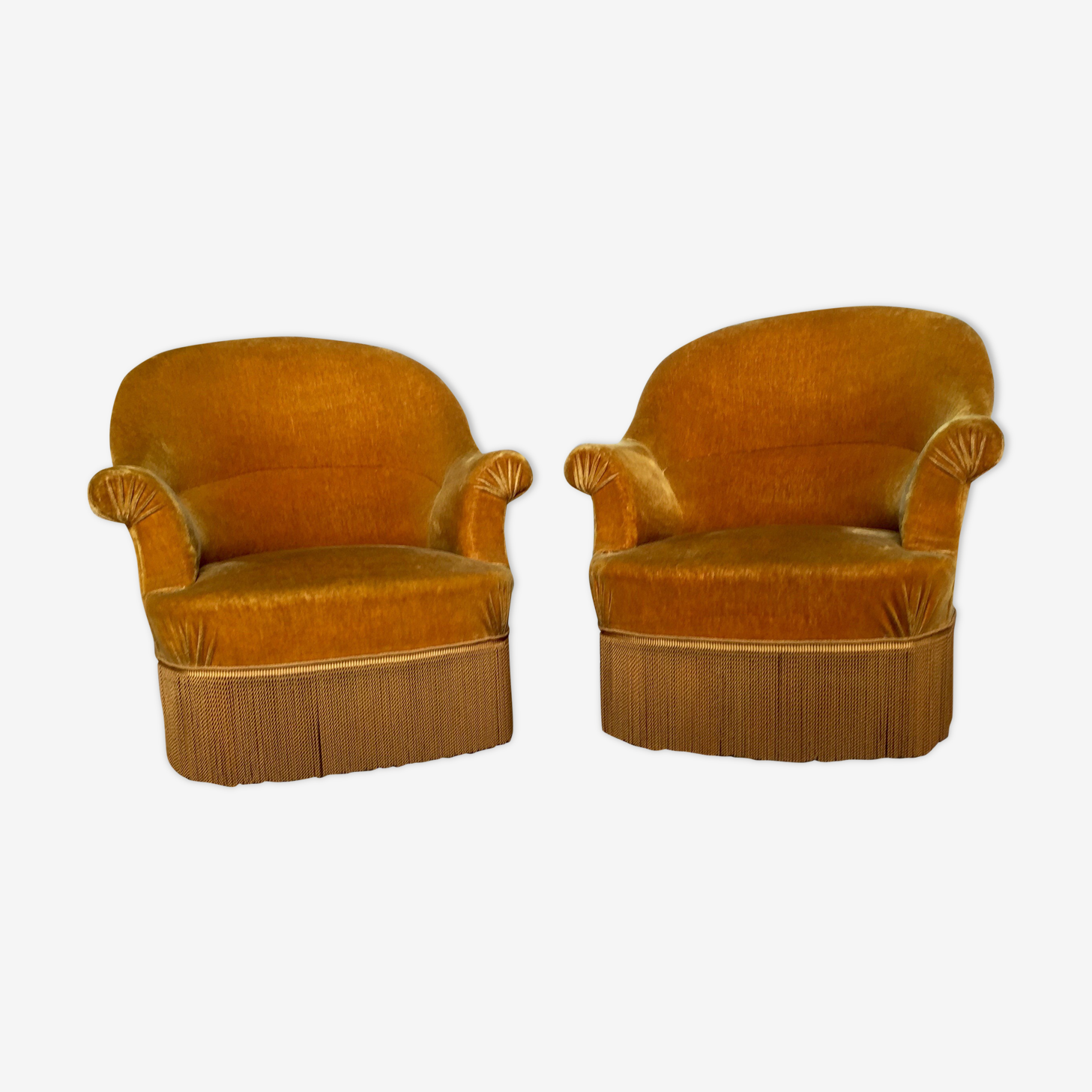 Pair of armcchairs toad