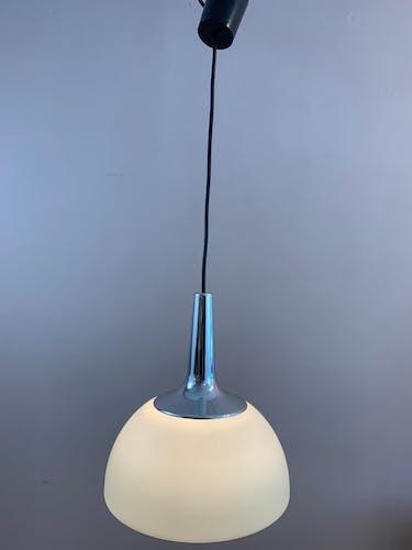 Suspension Peill - Putzler opaline chrome années 1970