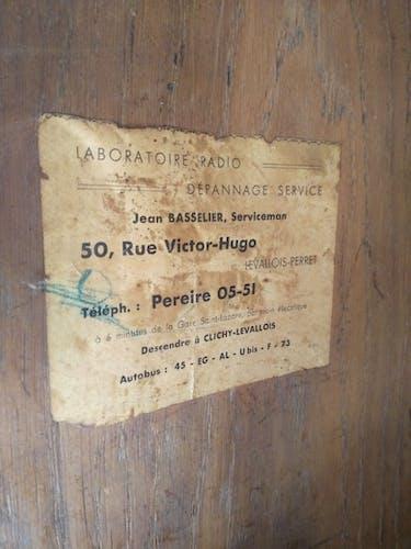 Meuble d'appoint Art Déco bois et Laiton