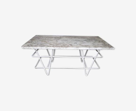 Table basse fer forgé et marbre jardin salon 1950