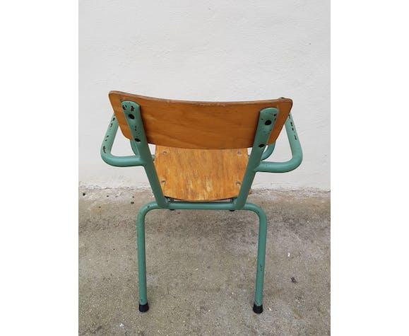 Ancien fauteuil d'enfant Mullca avec accoudoir métal et bois