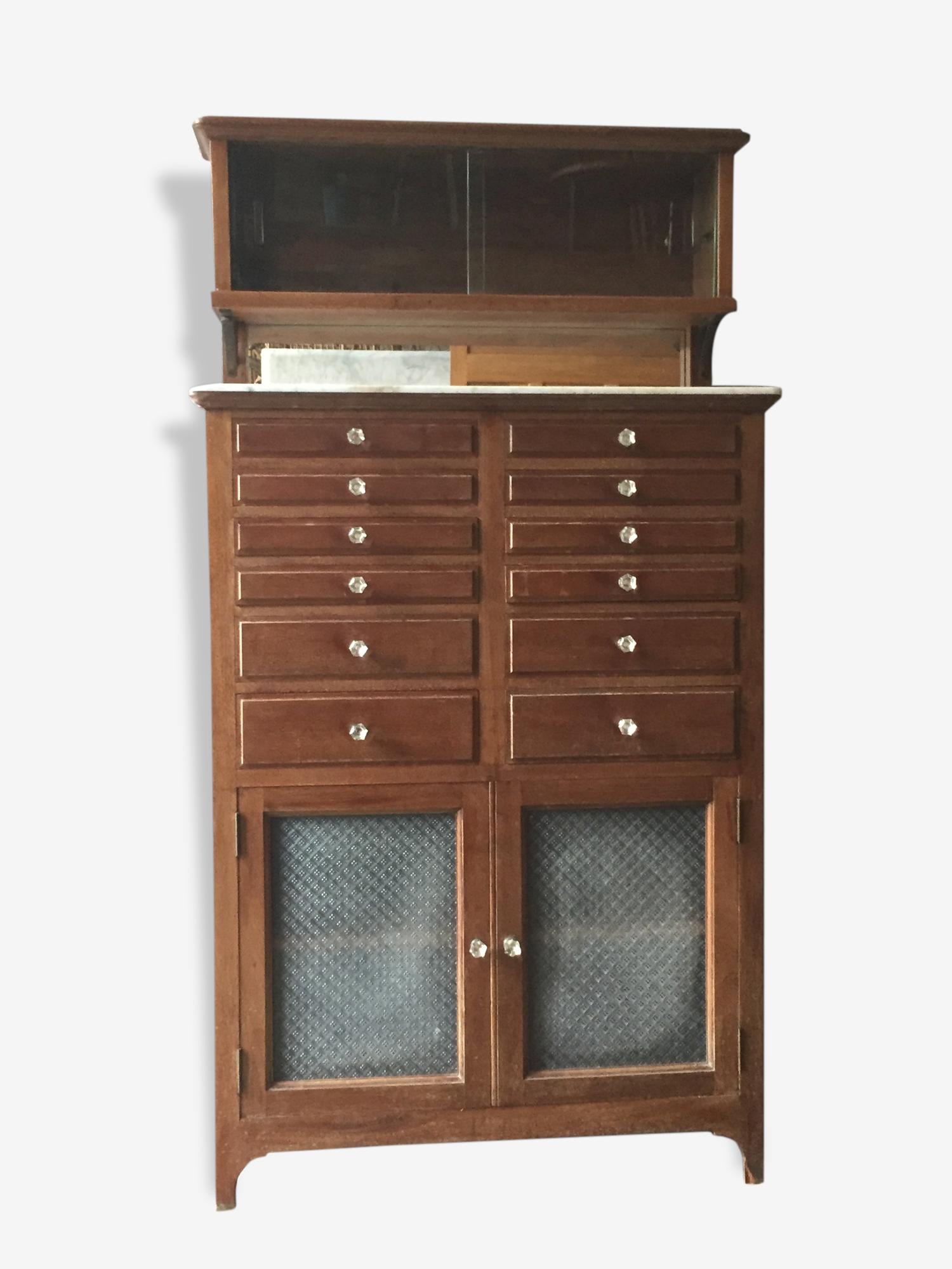 Rare meuble de dentiste en bois des années 20