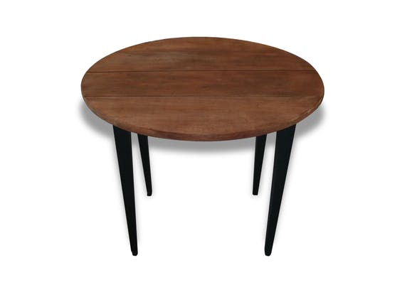 table ronde avec rallonges pi tement patin gris ardoise plateau en bois brut bois. Black Bedroom Furniture Sets. Home Design Ideas