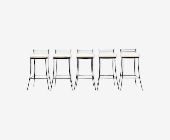 5 Elegant Italian bar stools