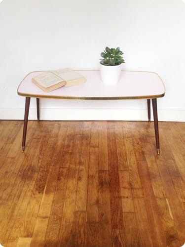 "Table basse rose ""Barcelone"""