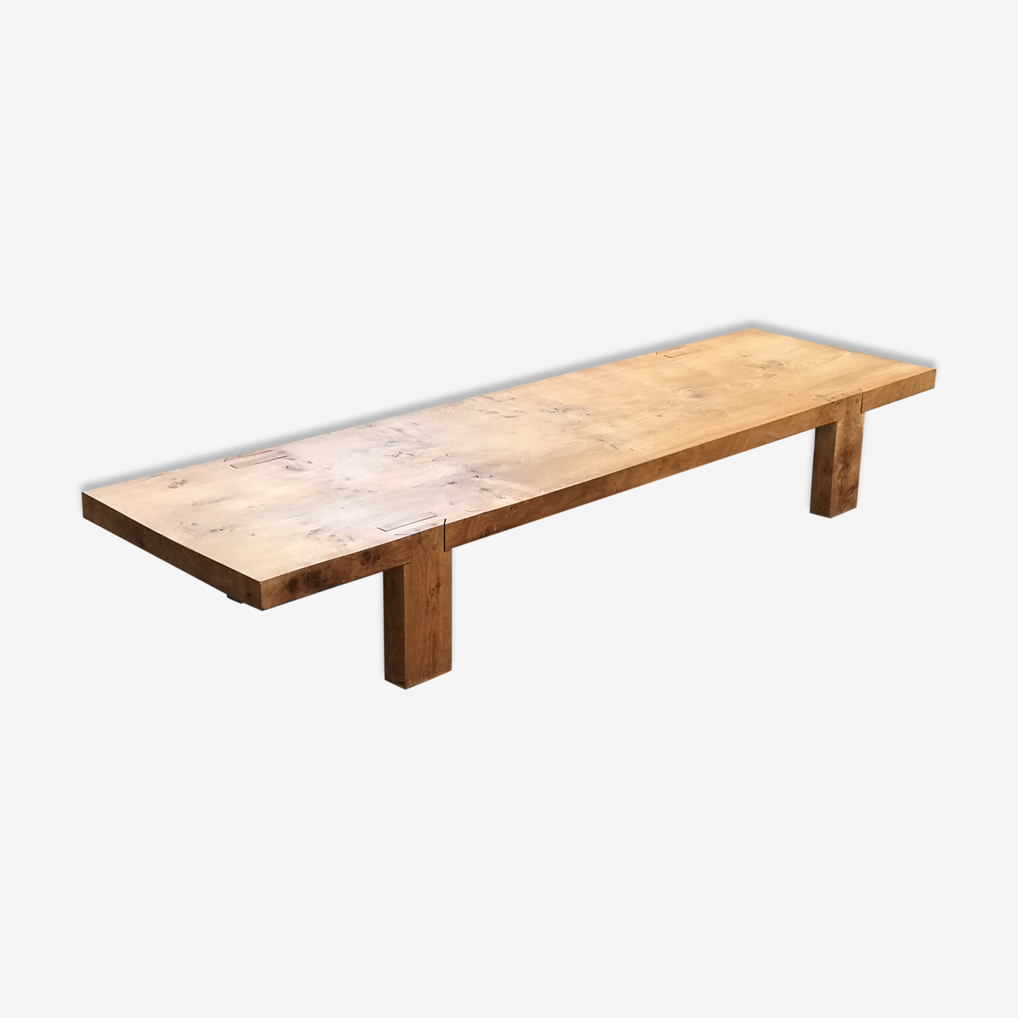 Table basse en chêne massif dessinée par Eugène Leseney