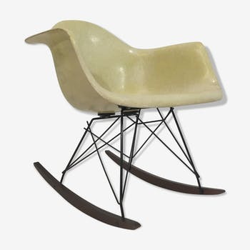 Rocking chair de Charles & Ray Eames, édition Zenith Herman Miller