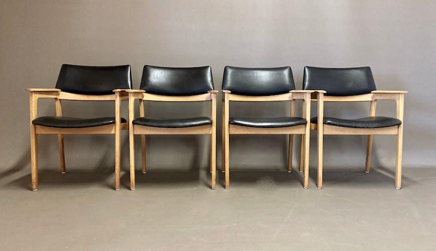Fauteuil cuir noir design scandinave 1950